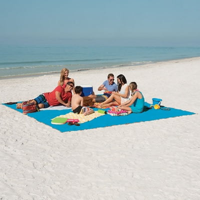 The Only Six-Person Sandless Beach Mat