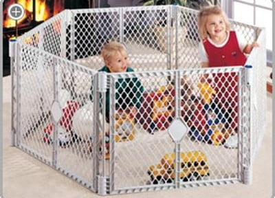 North States Superyard Classic XT Gate Play Yard