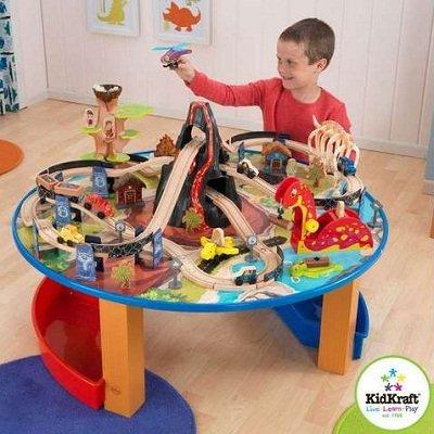Dinosaur Train Set and Table 2