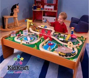 Ride Around Town train set with table