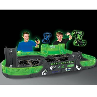 The Glow In The Dark Stunt Car Stadium 1