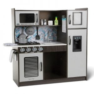 The Personalized Sous Chef Play Experience - The complete play kitchen for young gourmets