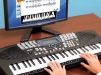 Learn How To Play Keyboard Correctly