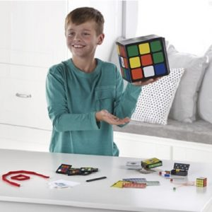 The 200 Trick Rubik's Magic Set - Contains over 200 tricks using cards, ropes and Rubik's cube